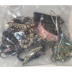 Vintage To Modern Mixed Jewelry Lot